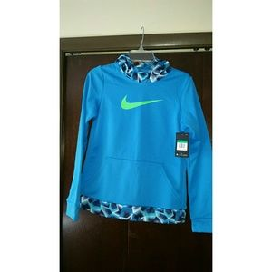 New Nike girl hoodie with tag